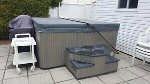 Spa Beachcomber à vendre... 4000$ Saguenay Saguenay-Lac-Saint-Jean image 6
