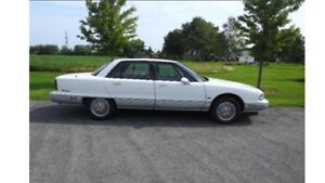 REDUCED -   CLASSIC   1992  OLDS  98  Regency  Elite