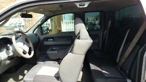 2007 Ford F-150 xlt Pickup Truck London Ontario image 8