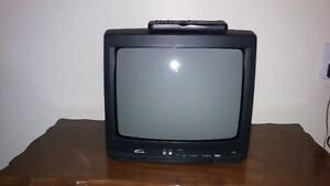 13 Inch Color TV with wireless remote