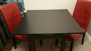 IKEA Extendable Table in BLACK ~ Perfect for small spaces!
