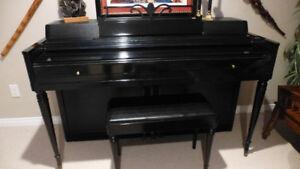 Wurlitzer Spinet Ebony Piano