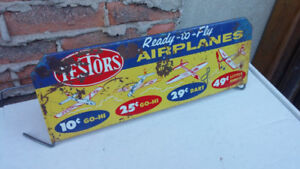 TESTORS READY TO FLY AIRPLANES SIGN