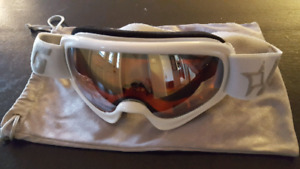 Women's Snowboarding Goggles