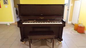 Mendelssohn Upright Piano