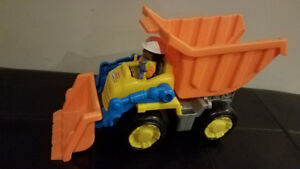 Bulldozer/ dump truck fisher-price