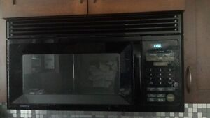 Goldstar LG 900 W Microwave OTC Range Hood/Fan