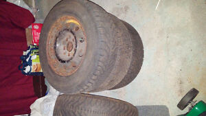 Winter tires with rims P215/70R15