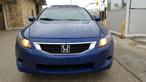 2008 Honda Accord Coupe Leather Seats/Sunroof/Aux in/ V6 Safetie