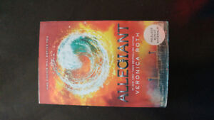 Allegiant (3rd book of the Divergent series)