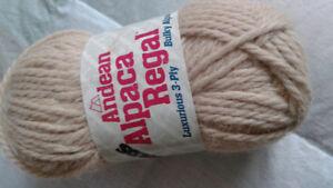 Andean Alpaca Regal wool/yarn
