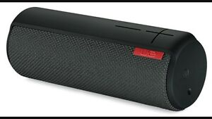 Ue boom wireless Bluetooth speaker. Kitchener / Waterloo Kitchener Area image 1