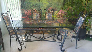 Beautiful Glass Table with 4 Upholstered Chairs