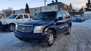 2004 Cadillac Escalade- 7 Passengers- Fully Loaded!!