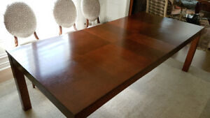 Dining room table -Wooden luxury