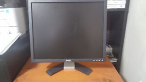 Dell Computer Monitor For Sale - $20