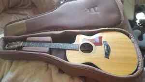 Great condition Taylor guitar!
