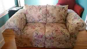 BEAUTIFUL COMFY LOVE SEAT AND SOFA