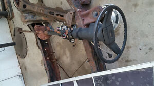 Complete steering colum out of a 1987 chevy truck Peterborough Peterborough Area image 1