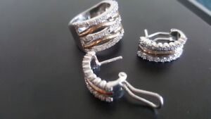 Sterling Silver  Set with gold band