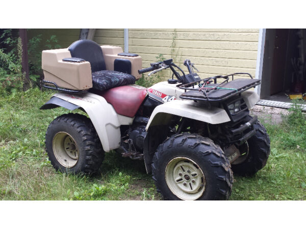 Used 1987 Yamaha 4 roues motrices,