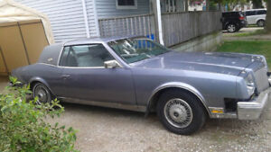 2 Buick Riverias and lots of parts