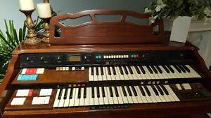 Hammond Organ - Model 144122