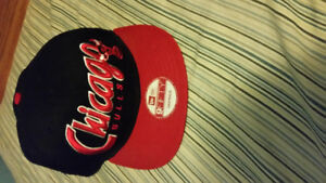 PERFECT CONDITION NEVER WORN SNAPBACKS AND FITTED HATS