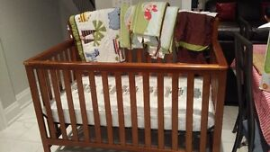 Baby Crib (with a mattress and covers)