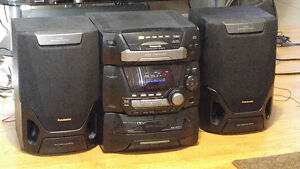 Panasonic 5 cd player mini set with remote control!