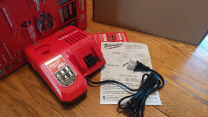 NEW MODEL Milwaukee M18 M12 Rapid Fast Charger - Chargeur rapide