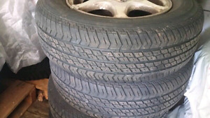 4 mags with tires 195/70r14