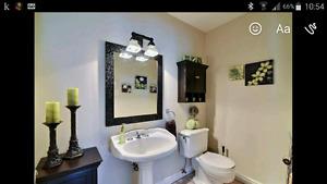 2 meubles pour rangement de salle de bain