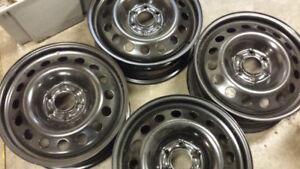 New 17 x 6.5 winter wheels for GM SUV Nissan 6 bolt SUV