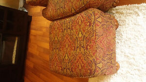 Living room chair and ottoman, 4 years old Kitchener / Waterloo Kitchener Area image 3