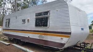 30 foot caravan suit spare room / granny flat or teen retreat Glenore Grove Lockyer Valley Preview