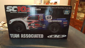 SC10.2 Short Course 2WD off road race truck rc