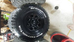"""33"""" Tires and off set rims"""
