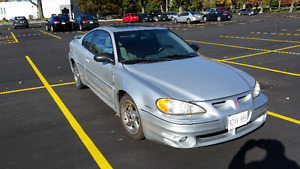 2004 Pontiac Grand Am GT Coupe (2 door)