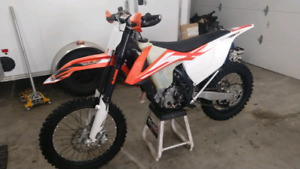 2016 KTM 350 XC-F with upgraded forks