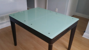 Glass Top Dinning Table Extendable