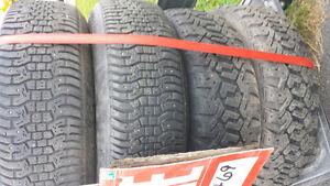 4 pneus dhiver à vendre +roue d'hiver
