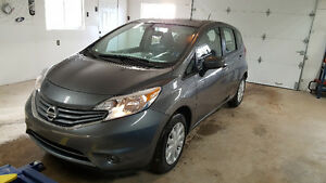 2016 Nissan Versa Note-4000 kms-New Car!!!!