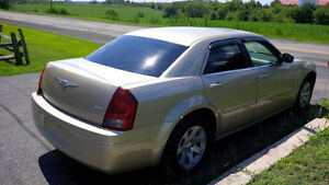 CHRYSLER 300 2006 AUTOMATIQUE 155,000KM  V6 3.5L