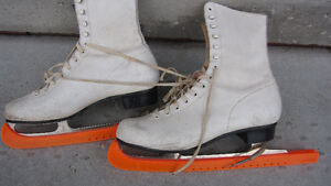 Ladies Figure Skates size 10.5 Peterborough Peterborough Area image 1