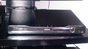 Philips Surround Sound Blue Ray DVD n CD Player