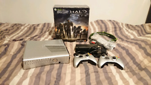 Halo Reach limited edition Xbox 360 bundle Near mint