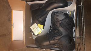 HiTec Magnum boots
