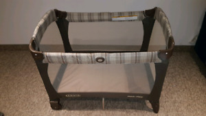 Graco playpen pack and go