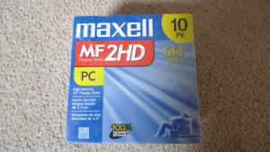 New 3.5 Floppy Discs Maxwell MF 2HD Floppy Discs PC 10 Pack .